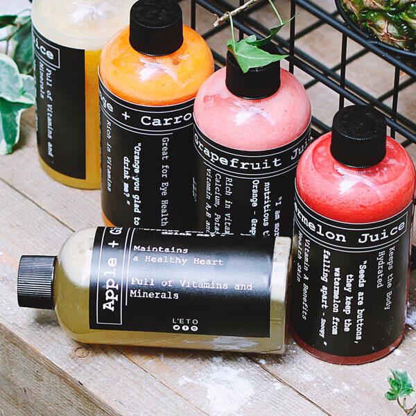 Productos y cremas para Quiromasaje. Foto: Toa Heftiba en Unsplash