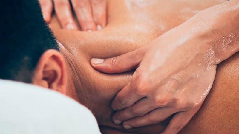 Cómo realizar el masaje de las extremidades superiores